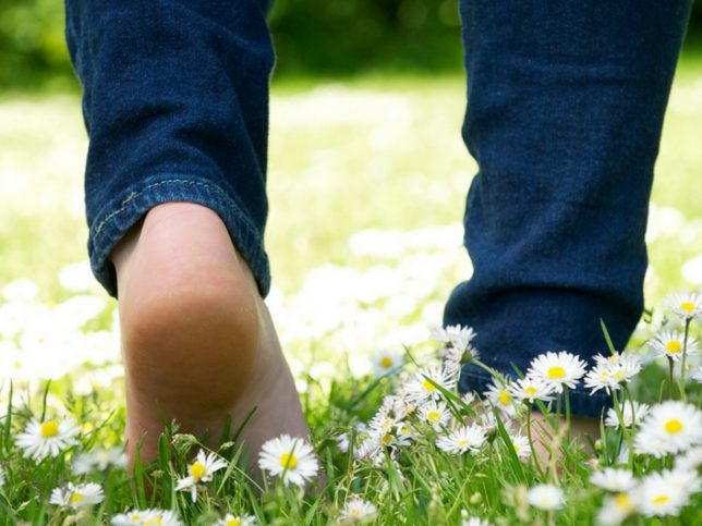 Go barefoot:  8 Tips for more mindful living